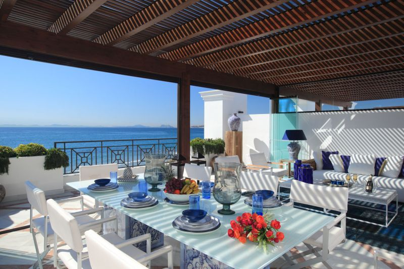 Beachfront apartments for sale in Estepona