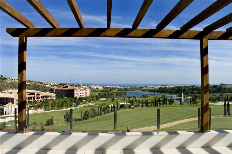 Apartments for sale in Los Flamingos golf, Benahavis